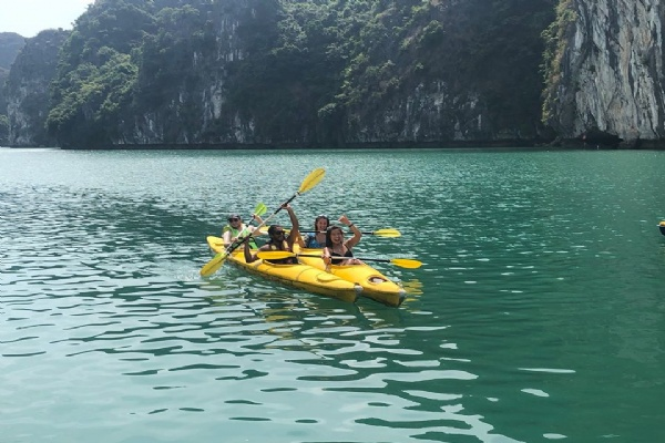 One Day Boat Tours - Group Tour